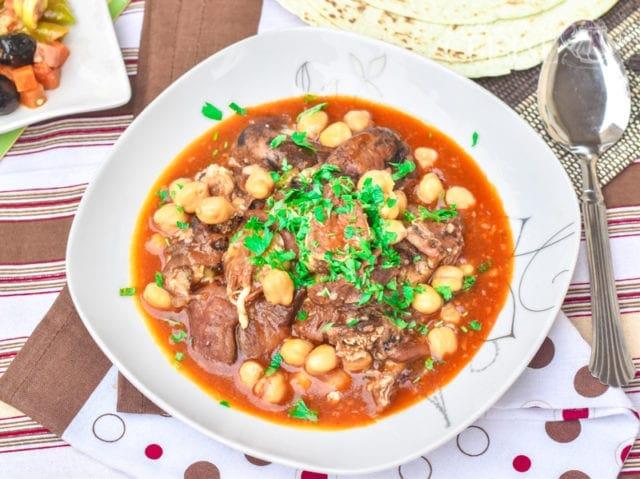 Chtitha bouzellouf, tête de mouton en sauce 1