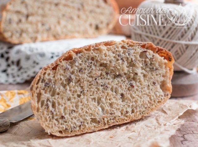 pain en cocotte sans pétrissage aux graines de lin 3