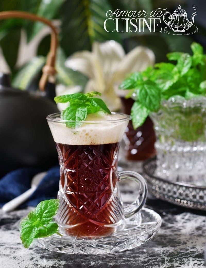 Comment faire un thé à la menthe facile et rapide