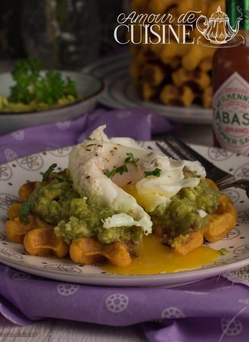 recette gaufres de patate douce au guacamole et oeuf poché