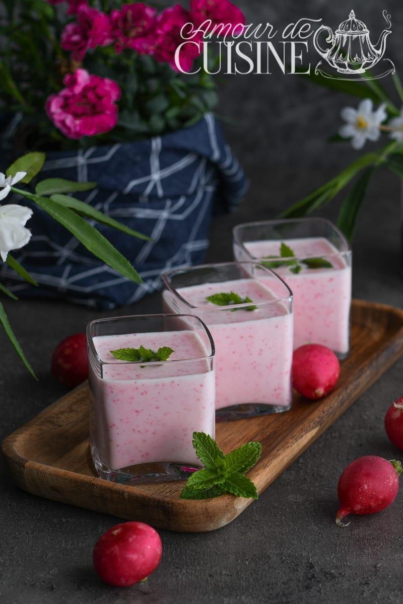 Soupe aux radis roses