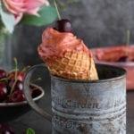 crème glacée aux cerises sans sorbetière