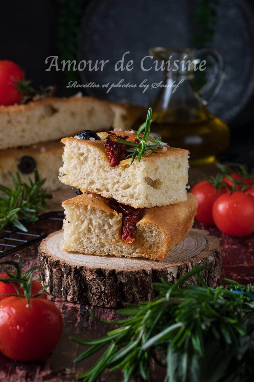 focaccia aux olives et tomates confites