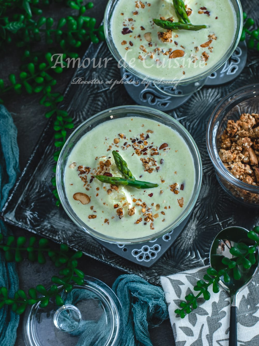 Soupe froide aux asperges vertes
