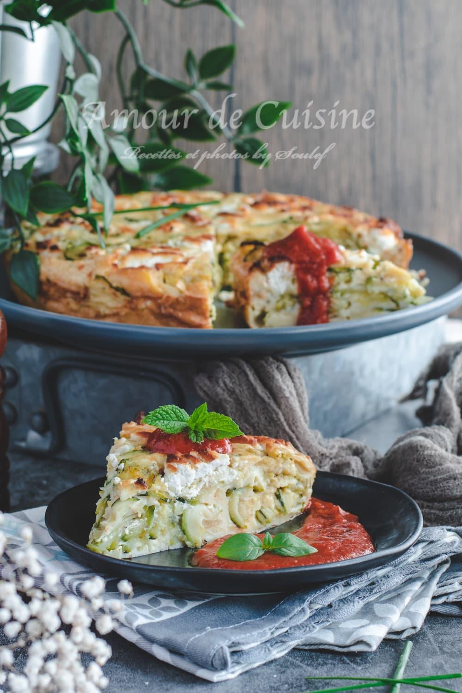 Clafoutis aux courgettes et chèvre facile au coulis de tomates, plat froid d'été