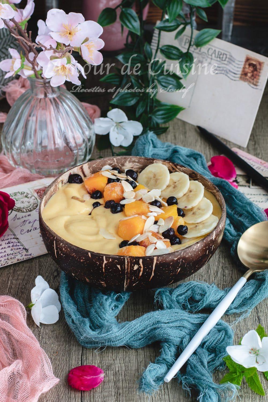 smoothie bowl pour le petit déjeuner